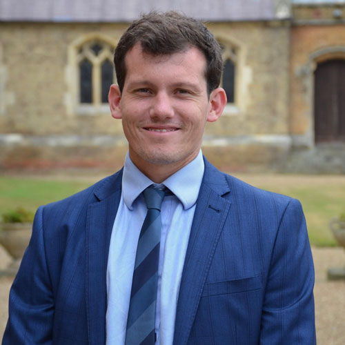 Benjamin Powell is a Governor at Park Street CofE Primary School