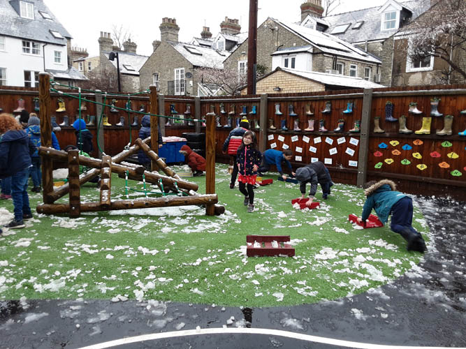 Snow Fun at Park Street